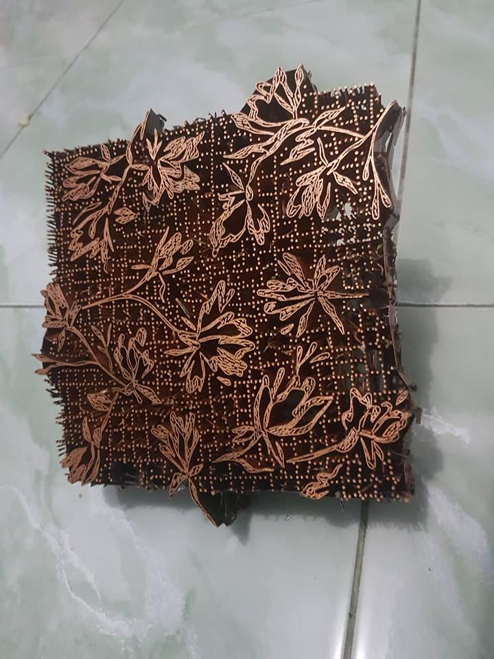 Kain batik murah dalam pembuatan batik cap