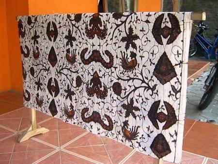 jual kain batik tulis hitam putih ekslusif
