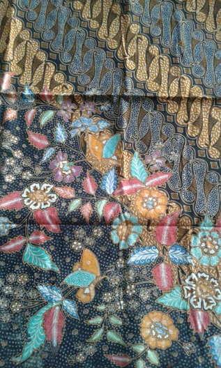 Seragam batik Padang