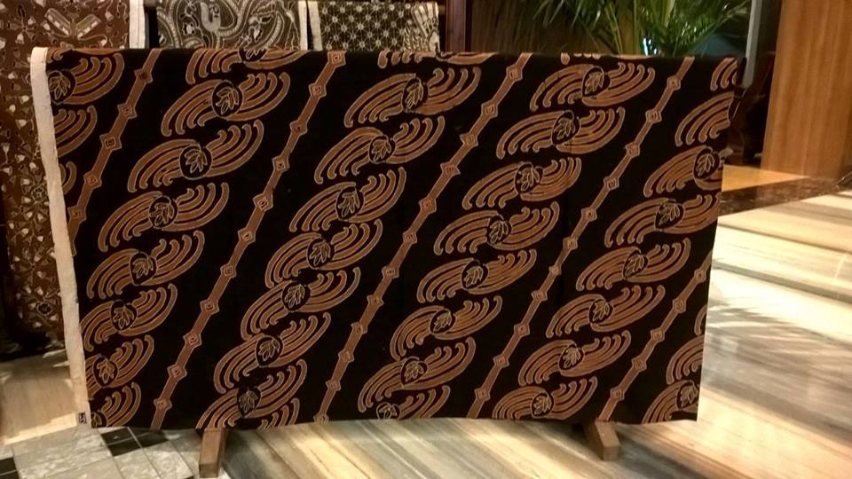 Indonesian batik fabric in Minnesota the real handmade - Batik Dlidir d05068644f