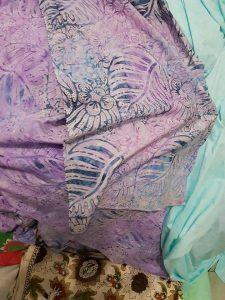 Cheap batik fabric in Tel Aviv