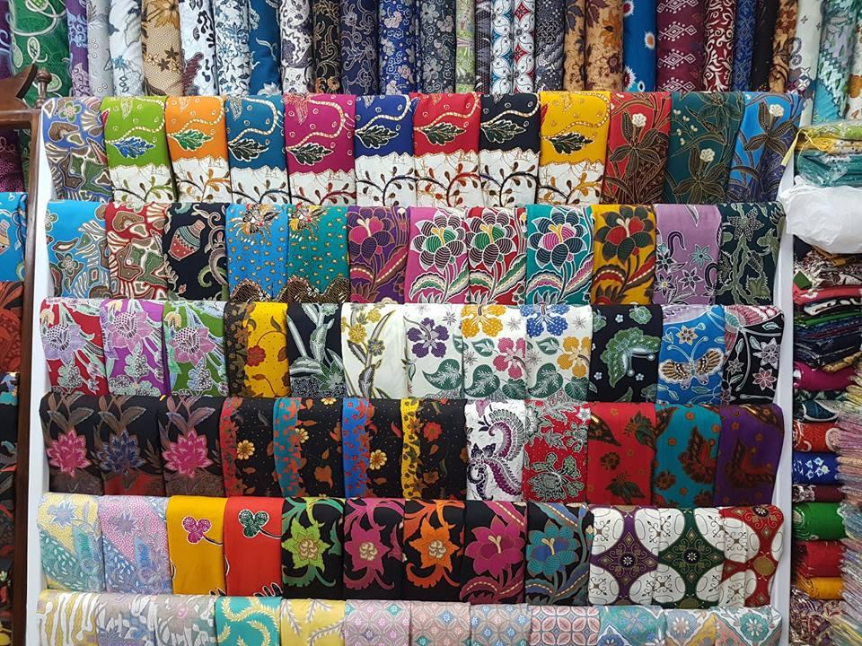 Seragam batik garuda indonesia