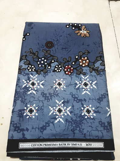 Model Baju Batik Modern dengan bahan katun