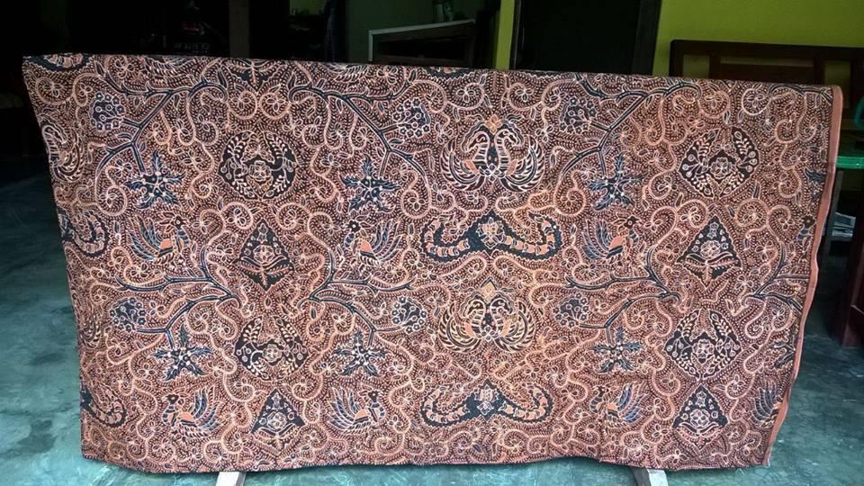 Contoh model baju batik