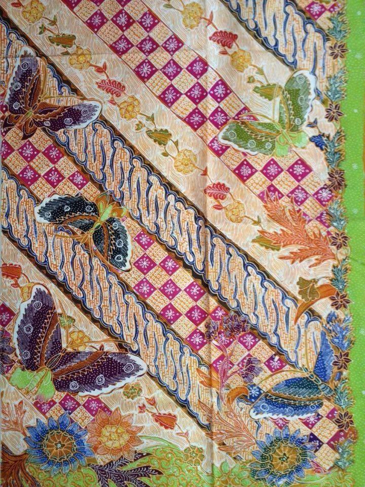 Seragam ngaji batik dengan motif muslim dan muslimah