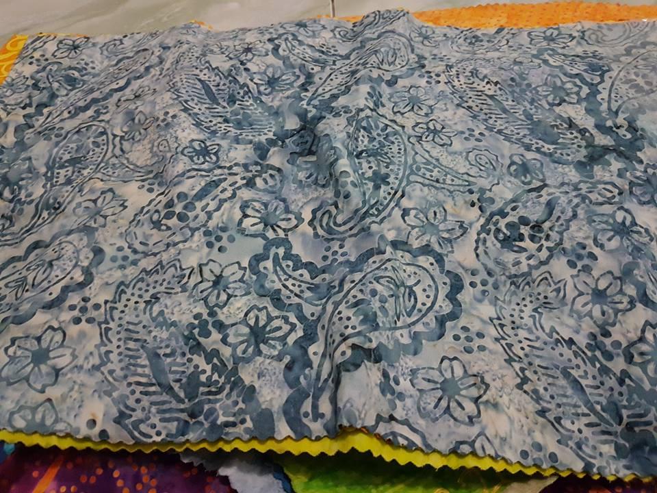 Desain baju batik modern dengan harga terjangkau - Batik ...