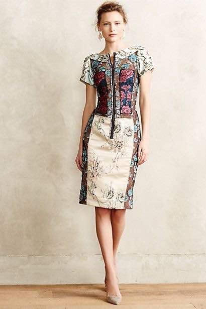 Seragam batik wanita modern
