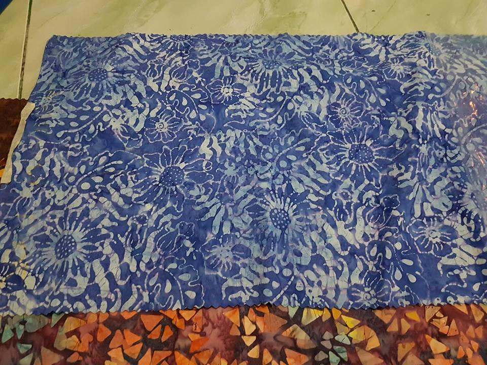 Grosir kain batik tanah abang dalam wujud masih kain dengan tehnik cap yang tradisional