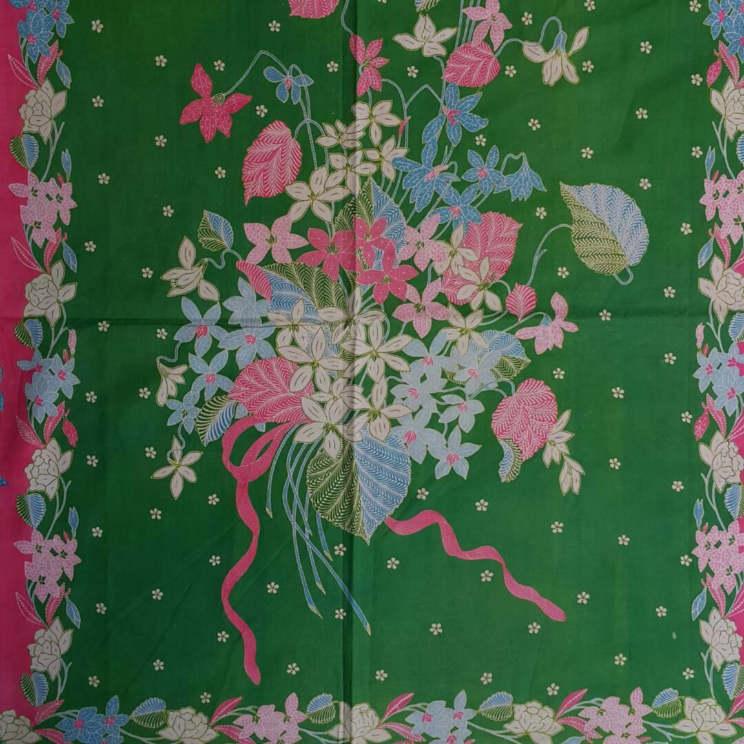 Batik tulis bunga di batikdlidir