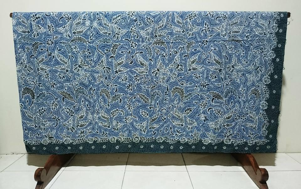 Batik tulis modern