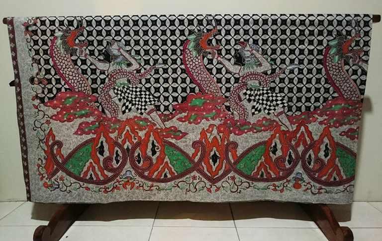 Batik tulis Cirebon di Batikdlidir
