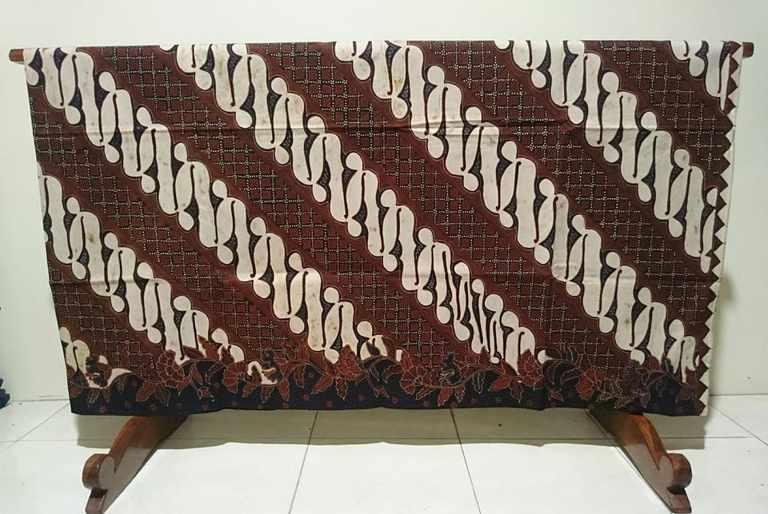 Batik tulis keraton