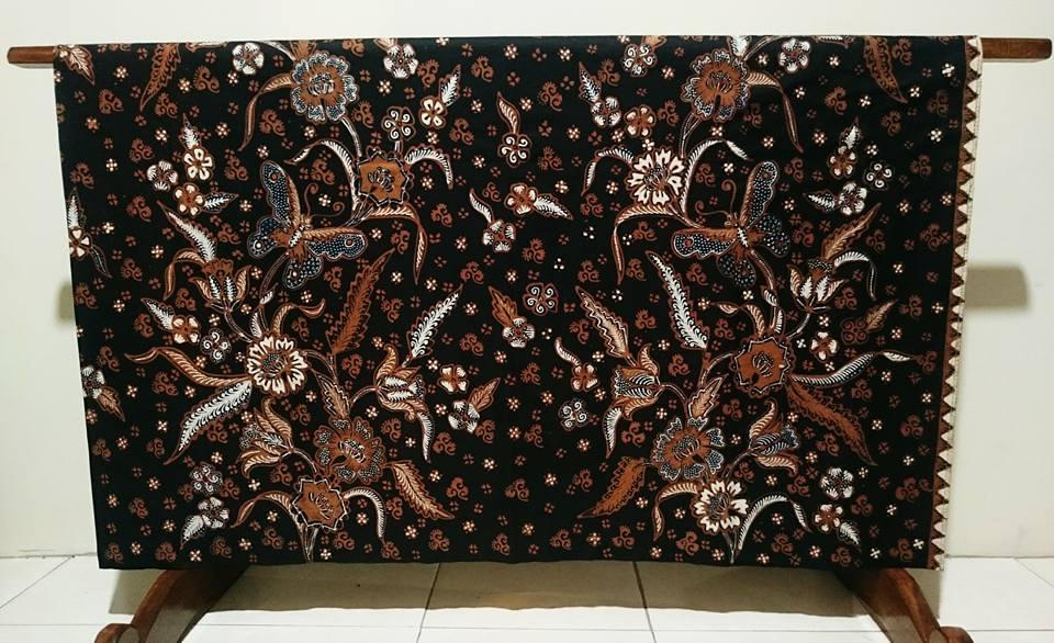 Batik tulis non geometris