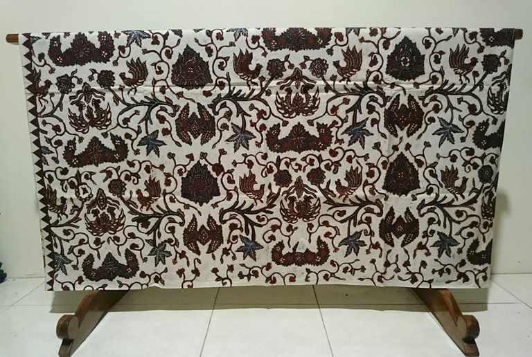 Batik tulis online shop dengan layanan maksimal