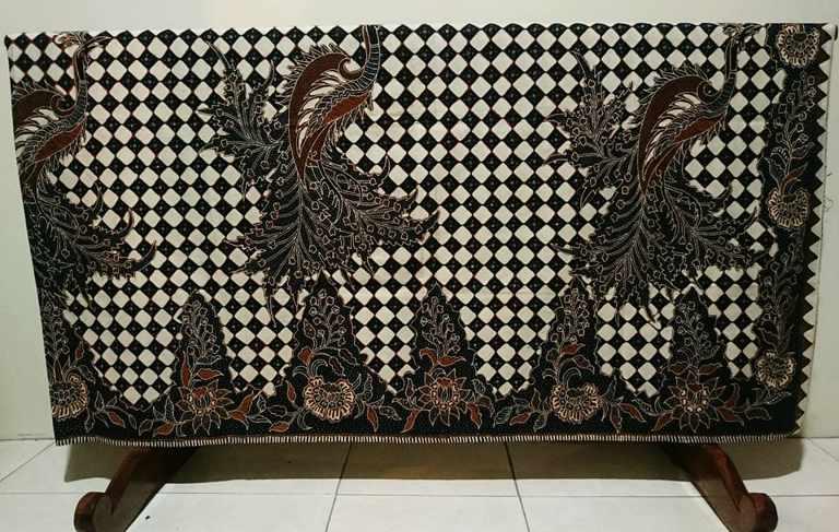 Batik tulis hewan