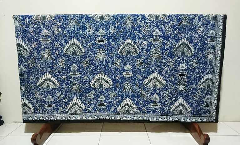 Batik tulis indigo di Batikdlidir