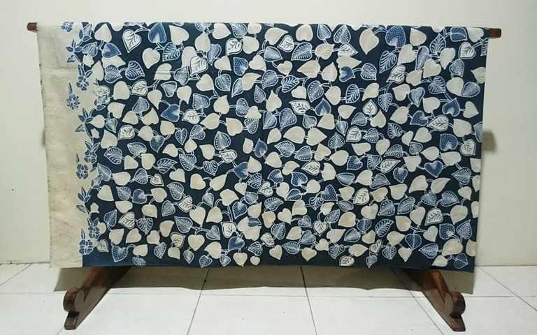 Batik tulis natural di Batikdlidir