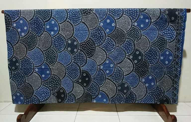 Batik tulis natural