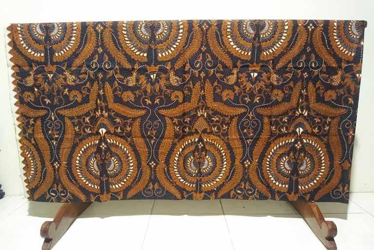 Seragam batik Pakuwon Jati dengan bahan katun pilihan