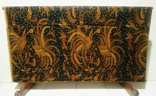 Tehnik pembuatan Seragam batik guru jakarta dengan cabut kombinasi tulis