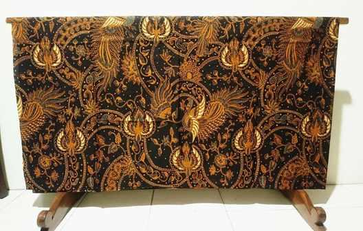Tehnik pembuatan kain batik menggunakan Plangkan Cabut Warna