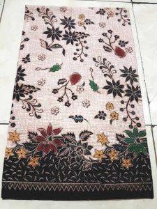 Tehnik pembuatan kain batik menggunakan plangkan handprint