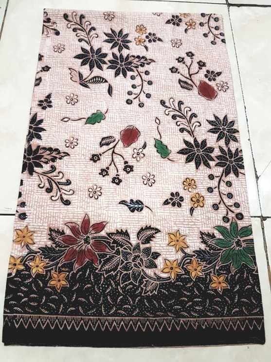 Tehnik pembuatan Seragam batik guru jakarta menggunakan plangkan  handprint