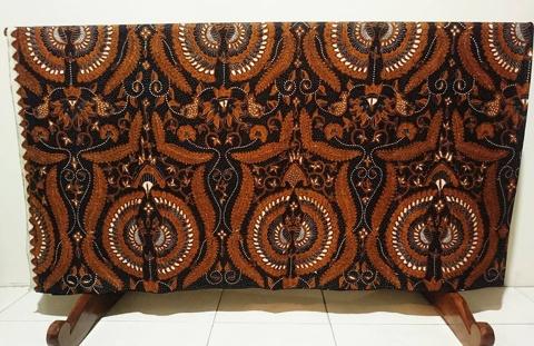 Batik tulis Jawa Tengah di Batikdlidir kota solo kelas premium atau ekslusif perorangan