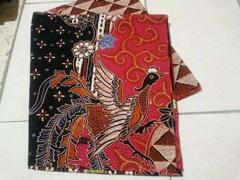 Batik tulis Lasem Rembang