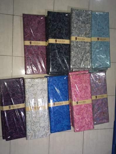 Tehnik pembuatan Seragam batik sekolah Makassar menggunakan cap