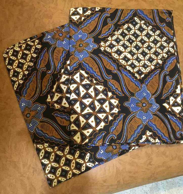 Batik Solo couple di Batikdlidir