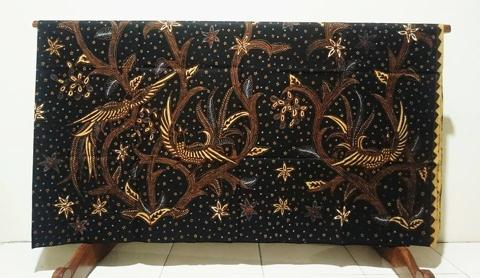 Batik tulis Giriloyo di Batikdlidir