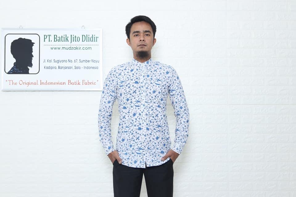 Jual kain Seragam batik murah dengan tehnik cap asli kelengan berupa baju modern