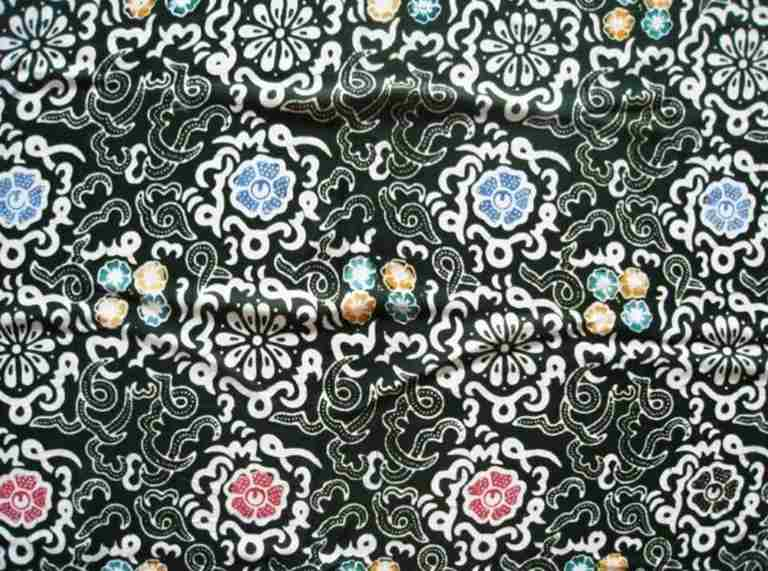 Kain Batik Bengkulu dengan motif kaligrafi