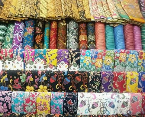Tehnik pembuatan Seragam batik menggunakan plangkan handmade di batikdlidir