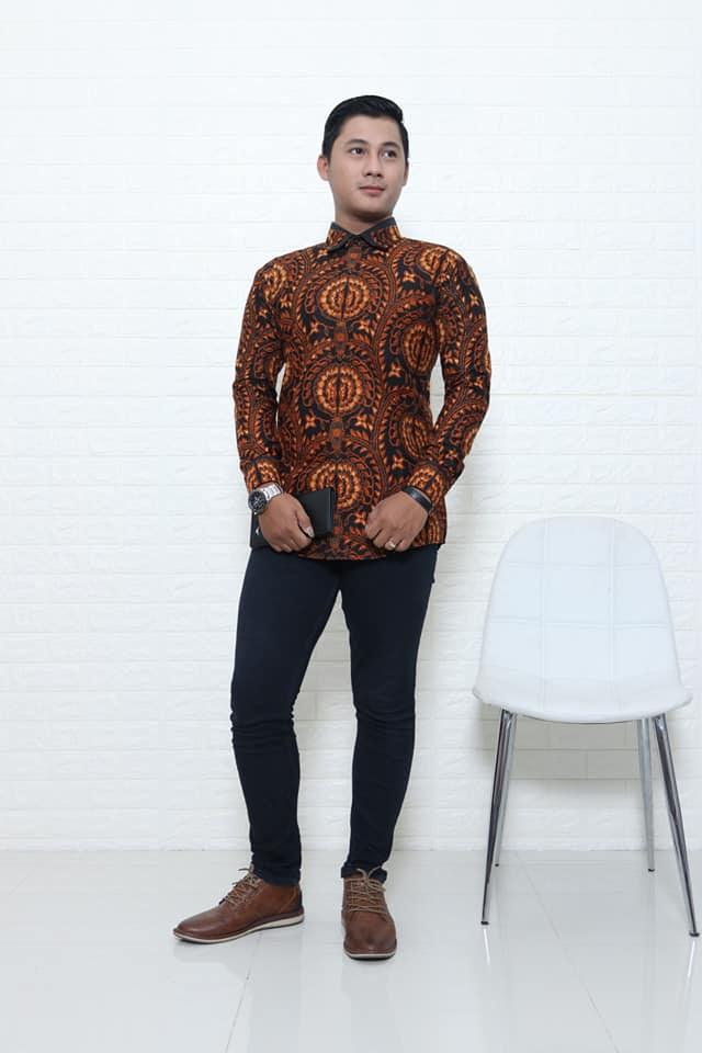 Batik modern pria di Batikdlidir bahan katun terbaik