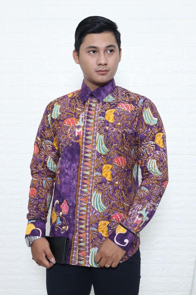 Batik modern pria slimfit