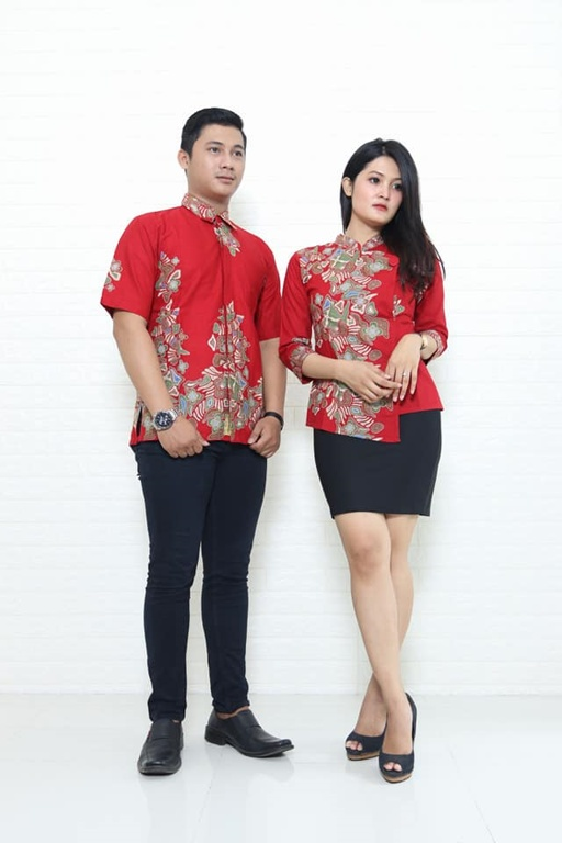 Batik Solo couple motif tradisional dan modern lengkap di Batikdlidir