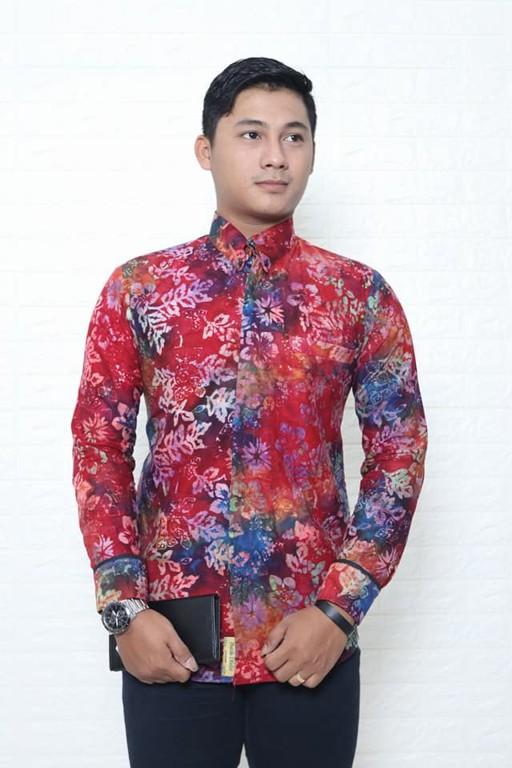 Batik modern pria lengan panjang di Batikdlidir 1