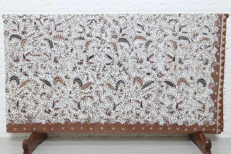 Jual kain batik tulis asli bayat, klaten motif kontemporer nan elegan