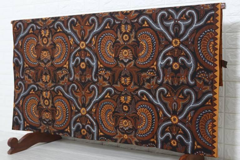 Jual kain batik tulis eksklusif di Batikdlidir motif Babon Angkrem