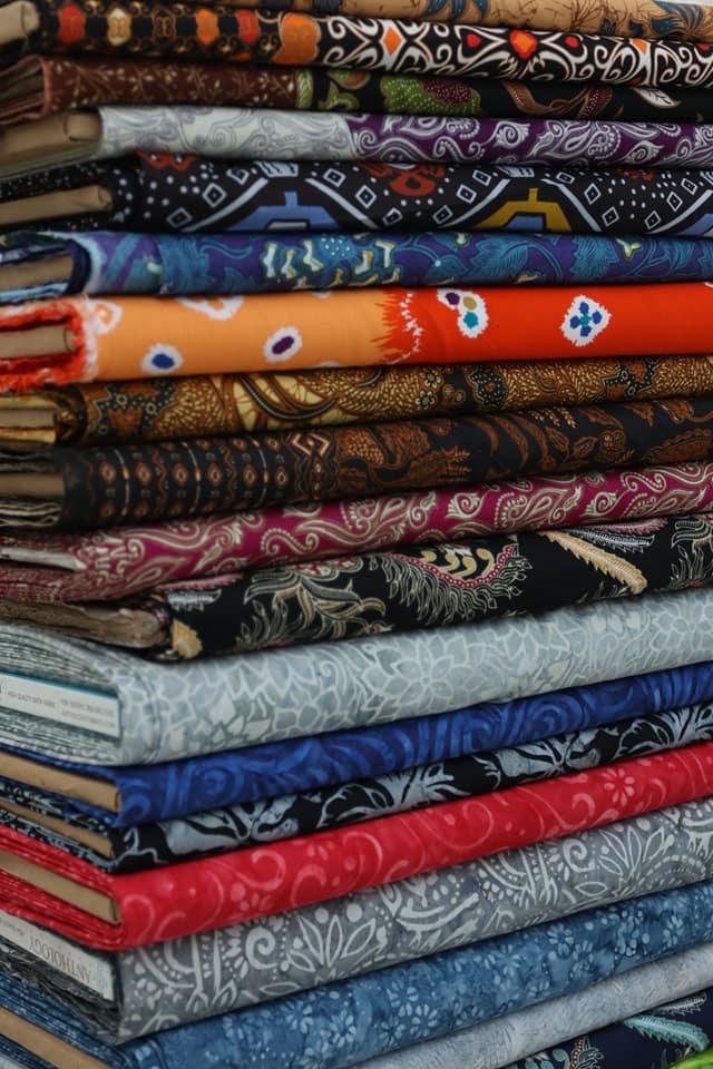 Seragam batik guru berkualitas di Batikdlidir murah dan bahan katun
