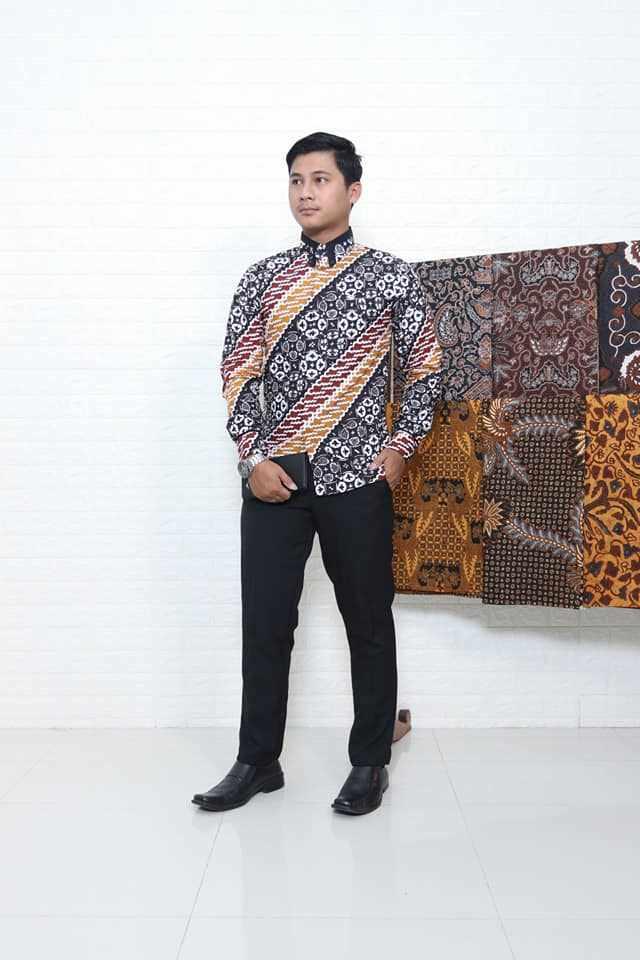 Seragam batik terbaru dari Batikdldir