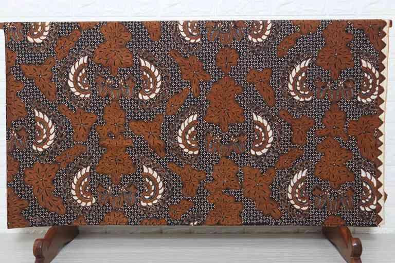 Jual kain batik tulis asli karya masyarakat indonesia di Batikdlidir canting