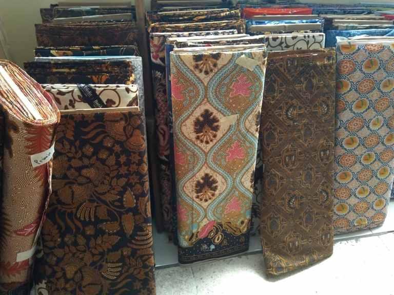 Seragam batik kantor Bekasi