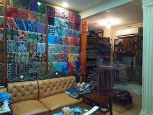 Grosir batik Solo dengan berbagai pilihan dan murah di Batikdlidir