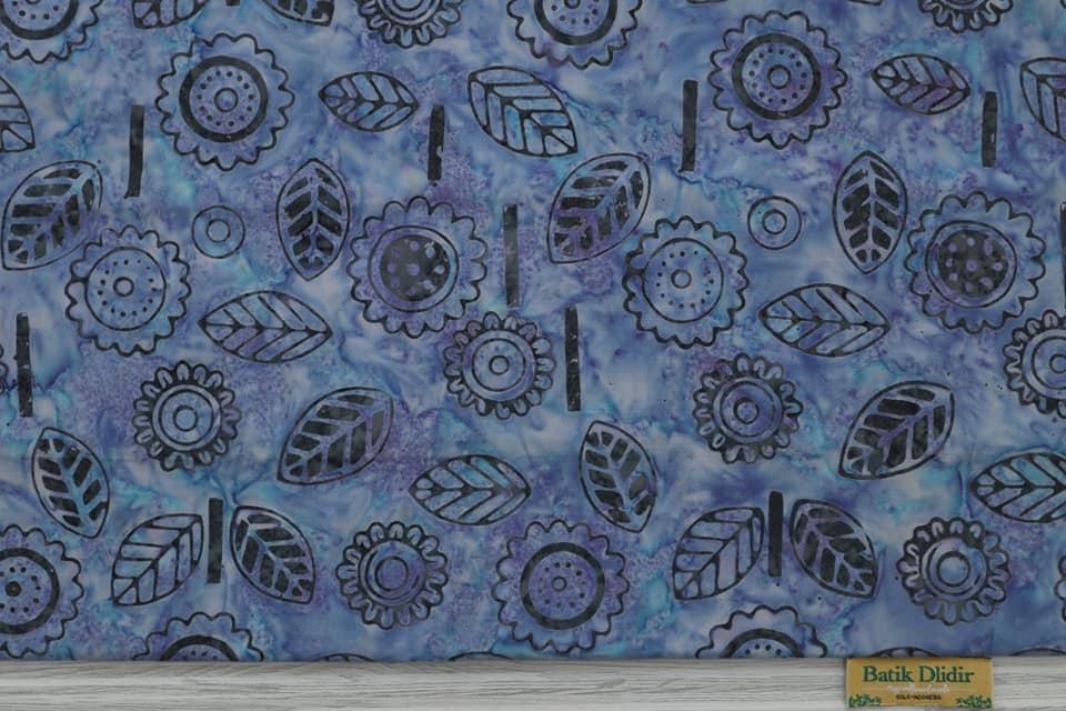 kain batik  modern cerah