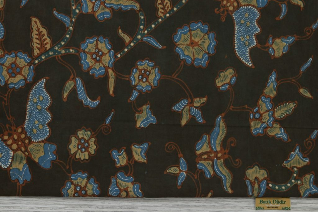 contoh kain batik modern