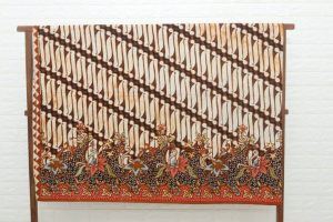 kain batik merupakan contoh seni rupa