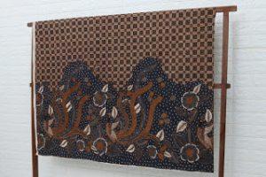 motif batik manuk irengan pasir